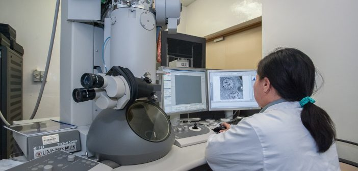 biotech-researcher